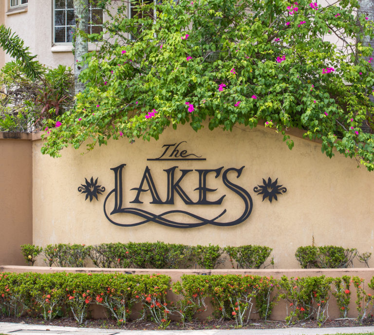 The Lakes Cairns Resort  - Taree Accommodation
