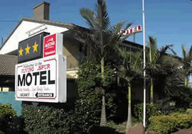 Flying Spur Motel - Taree Accommodation