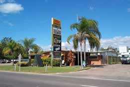Queens Beach Motor Hotel - Taree Accommodation
