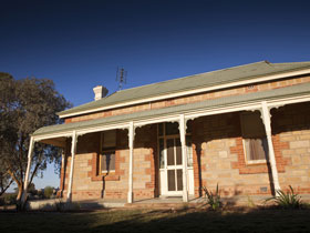 Nuccaleena Cottage - Taree Accommodation
