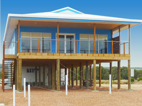 Lincoln View Holiday Home - Taree Accommodation