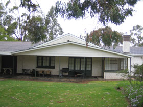Naracoorte Cottages - Pinkerton Hill - Taree Accommodation