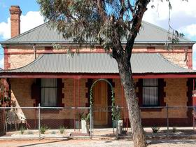 Meaney's Rest - Taree Accommodation