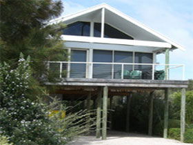 Sheoak Holiday Home - Taree Accommodation