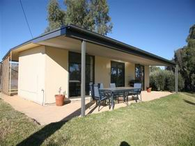 Toolunka Estate Cottage - Taree Accommodation