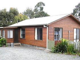 Ebb Tide Guest House - Taree Accommodation