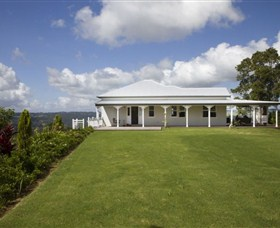 Montville Lake Terrace - Taree Accommodation