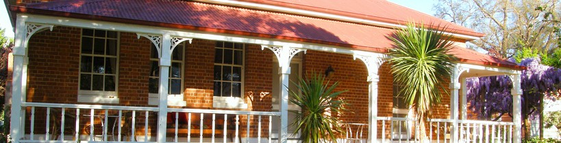 Araluen Old Courthouse Bed and Breakfast - Taree Accommodation