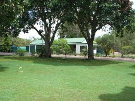 Bungadoo Country Cottage - Taree Accommodation