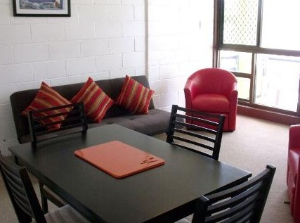 Como Holiday Apartments and Tropical Nites Motel - Taree Accommodation