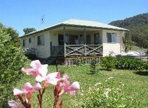 Big Bell Farm - Taree Accommodation