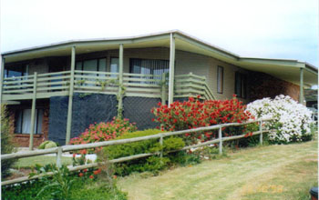 Currawong Holiday Home - Taree Accommodation