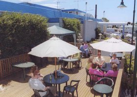 Top Of The Town Hotel - Taree Accommodation