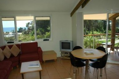 Tathra Beach House Apartments - Taree Accommodation