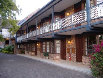 Montville Mountain Inn - Taree Accommodation