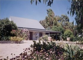 Brackley Cottage - Taree Accommodation
