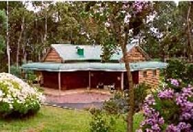 St Clairs Luxury Accommodation - Taree Accommodation