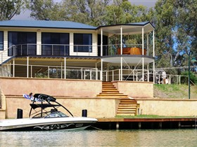 Cascades on the River - Taree Accommodation