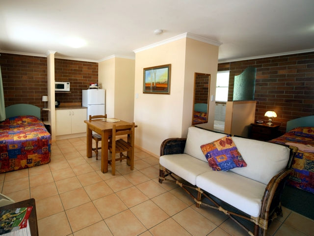 Rubyvale Motel  Holiday Units - Taree Accommodation