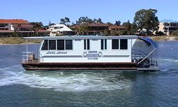 Dolphin Houseboat Holidays - Taree Accommodation