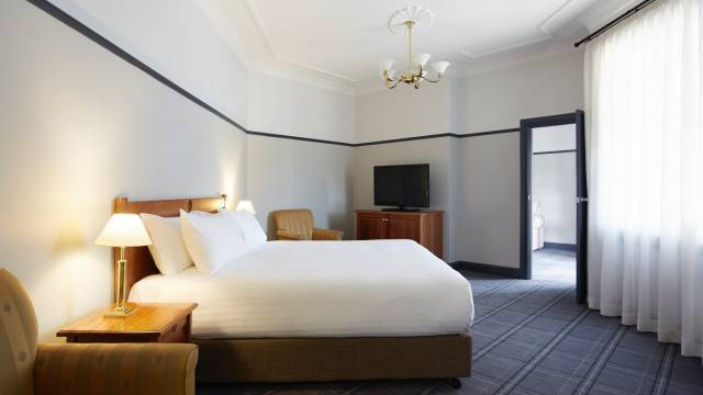 Brassey Hotel - Taree Accommodation