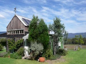 Runnymeade Garden Studio Bed and Breakfast - Taree Accommodation
