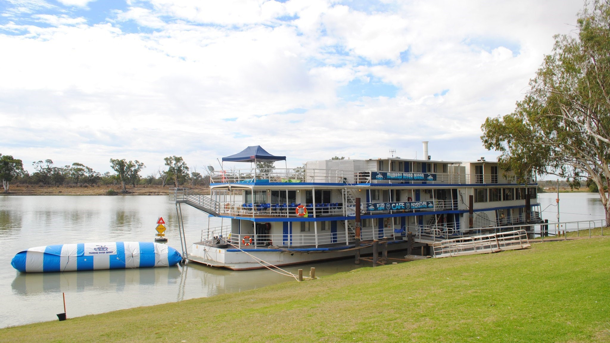 Murray River Queen Backpackers - Taree Accommodation