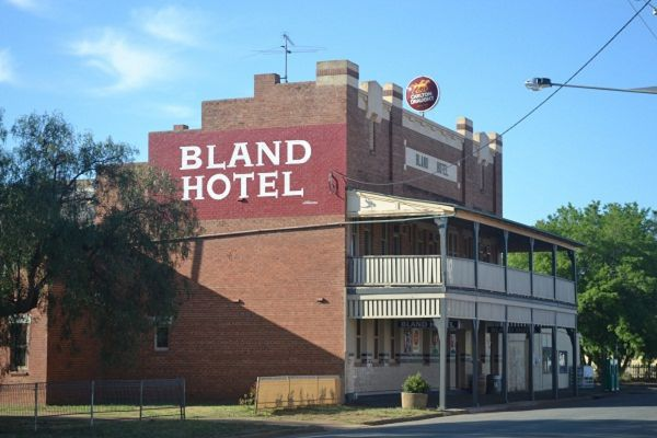 Bland Hotel - Taree Accommodation