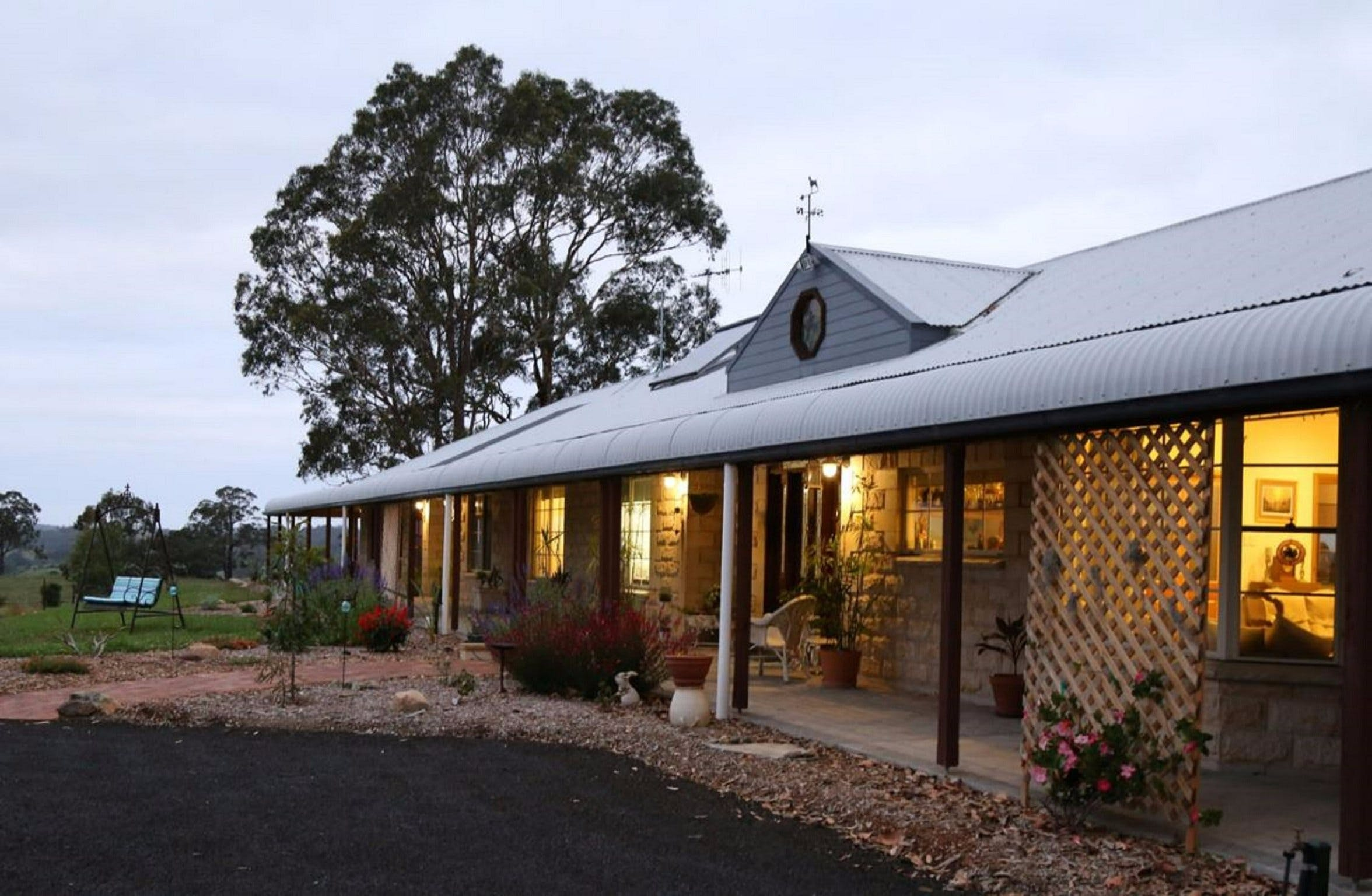 BellbirdHill Bed and Breakfast - Taree Accommodation