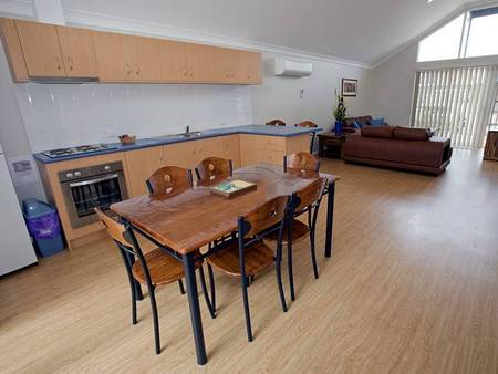 Albany Bayside Ocean Villas - Taree Accommodation