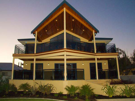 Nautica Lodge - Taree Accommodation