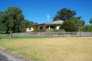 Monteve Cottage - Taree Accommodation