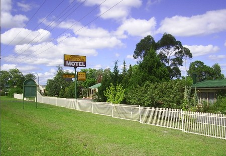 Camden Country Club Motel - Taree Accommodation