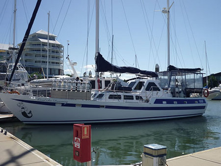 Coral Sea Dreaming Dive and Sail - Taree Accommodation