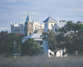 New Norcia Heritage Trail - Taree Accommodation
