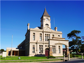 Historic Wallaroo Town Walk - Taree Accommodation