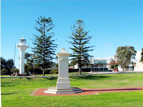 Historic Wallaroo Town Drive - Taree Accommodation