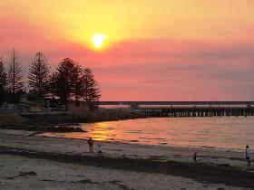 Wallaroo Jetty - Taree Accommodation