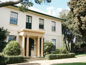 Franklin House - Taree Accommodation