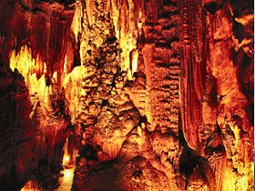 King Solomons Cave - Taree Accommodation