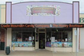 Cradle Mountain Candy Company and Honey Boutique - Taree Accommodation