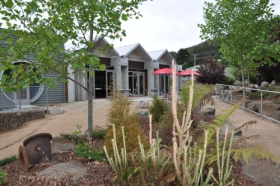 Tin Dragon Interpretation Centre and Cafe - Taree Accommodation