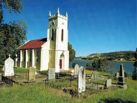 St Matthias Anglican Church - Taree Accommodation