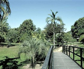 Ingham Memorial Gardens - Taree Accommodation