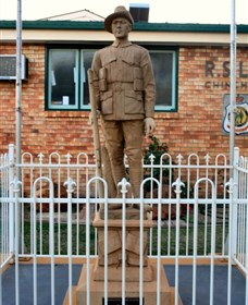 Soldier Statue Memorial Chinchilla - Taree Accommodation