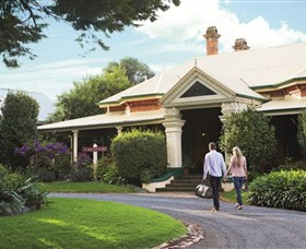 Historical Walk Through Russell Street - Taree Accommodation