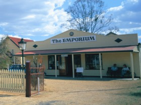 Warwick Historical Society Museum - Taree Accommodation