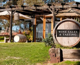 Saint Regis Winery Food  Wine Bar - Taree Accommodation