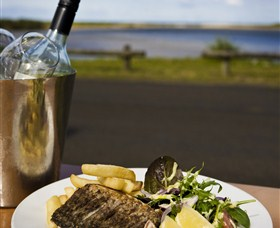 Hedys Restaurant at the Heads Hotel - Taree Accommodation