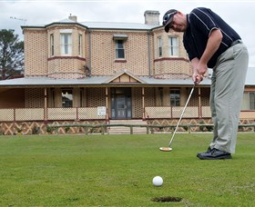 Lithgow Golf Club - Taree Accommodation